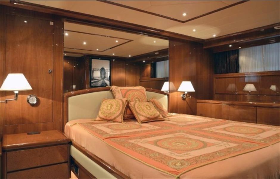 The 31m Yacht MAGIC DREAM