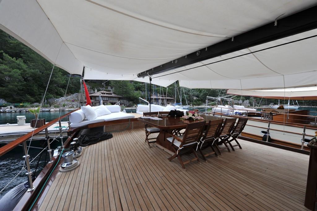 The 34m Yacht PRINCESS KARIA II