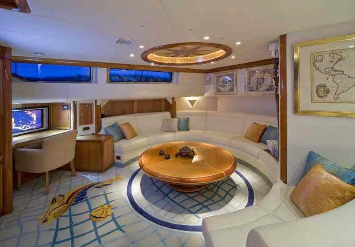 The 34m Yacht TAKAPUNA
