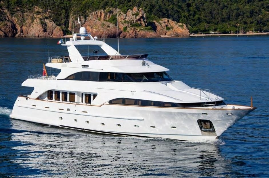 The 35m Yacht ACCAMA