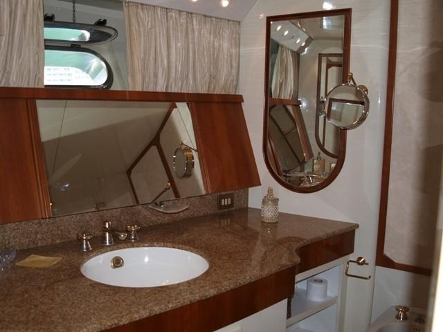 Bath On Yacht PARADIS