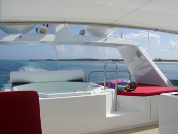 Fly-bridge Jacuzzi Pool Aboard Yacht MURPHY'S LAW
