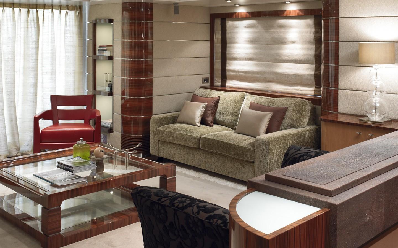Saloon On Yacht DREAM ON