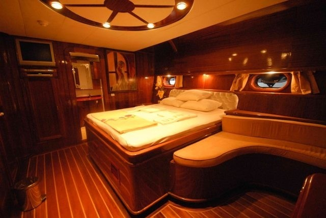 Sitting: Yacht ESMA SULTAN's Guest's Cabin Pictured