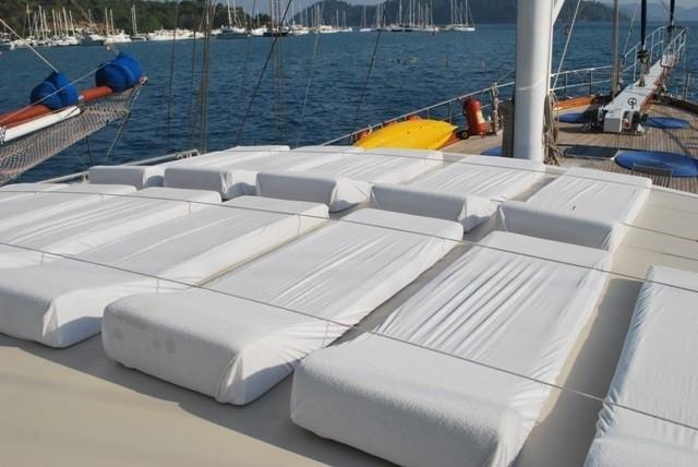Sunshine Beds On Yacht ESMA SULTAN