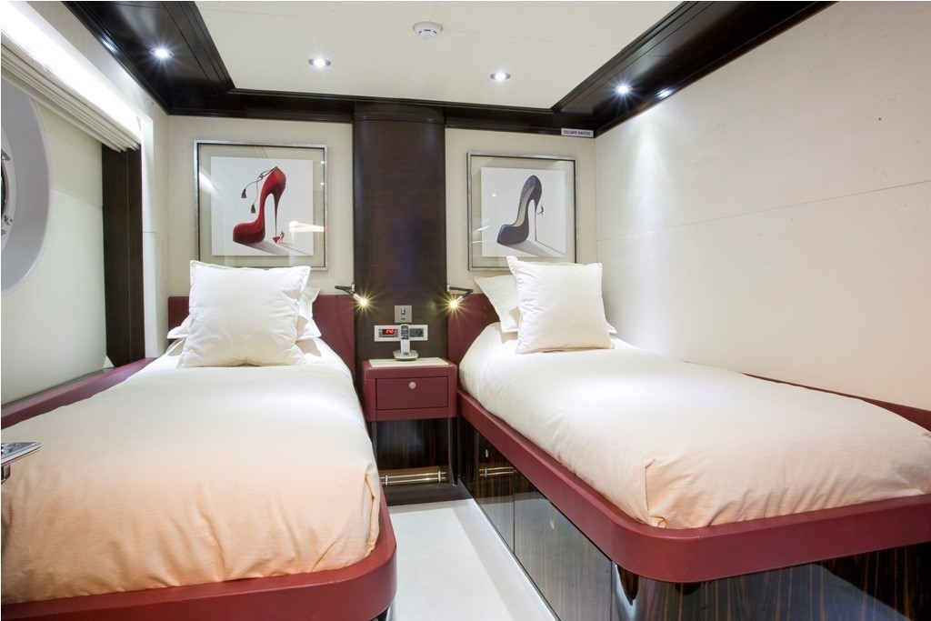 Guest's Twinned Stateroom On Yacht GRENADINES III