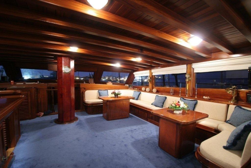 Premier Saloon On Yacht MATINA