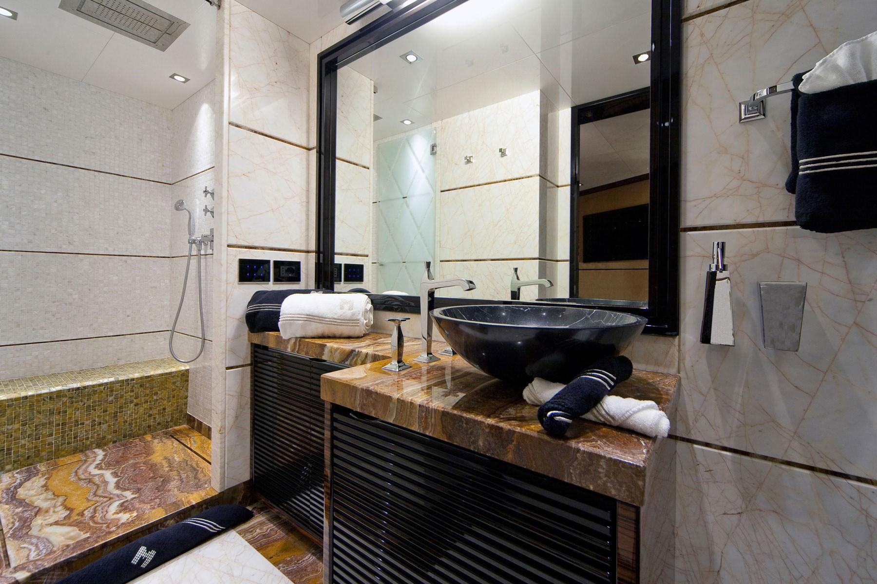 Guest's Bath On Yacht MANIFIQ