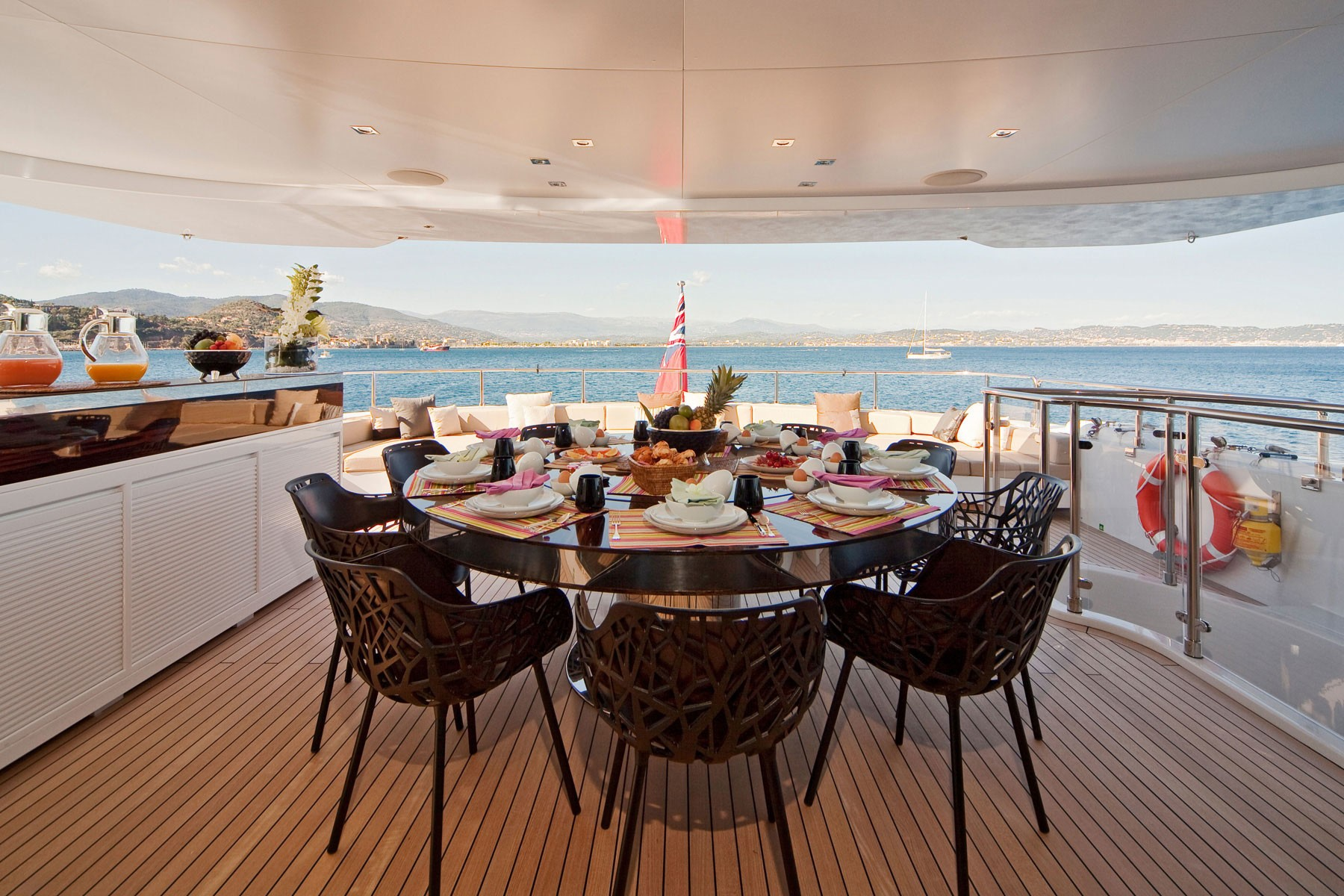 Top Aft Deck On Board Yacht MANIFIQ