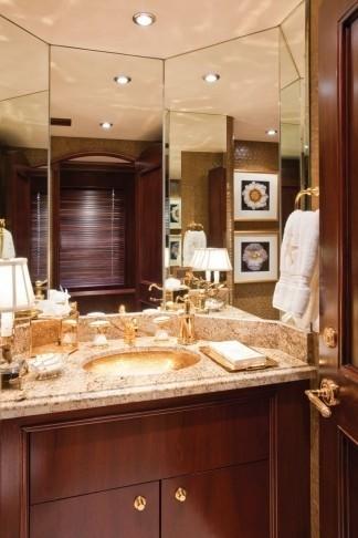 Close Up: Yacht SEA DREAMS's Bath Image