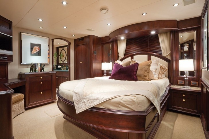 White Guest's Cabin On Yacht SEA DREAMS
