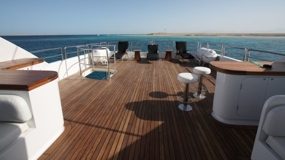 Drinks Bar Aboard Yacht SEVEN SPICES