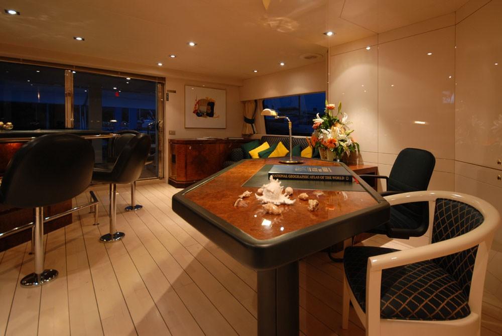Top Saloon On Board Yacht LADYSHIP