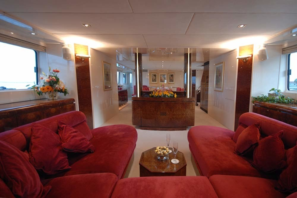 Premier Saloon Sitting Zone On Yacht LADYSHIP