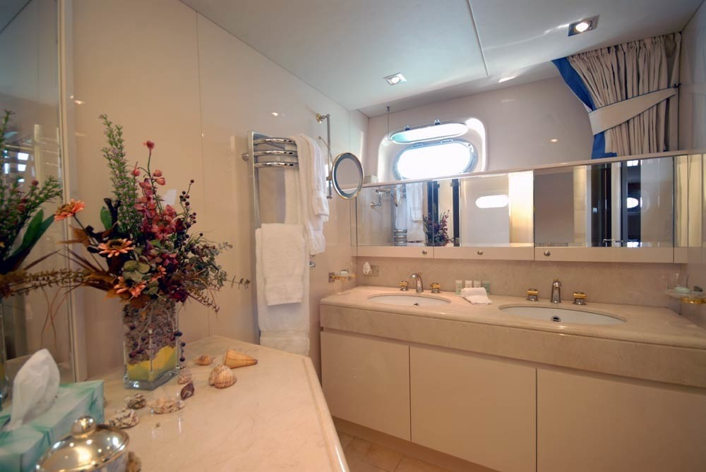 Bath On Board Yacht LADYSHIP