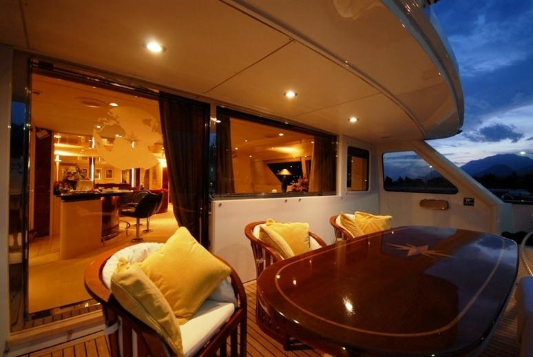 External Eating/dining On Board Yacht LADYSHIP