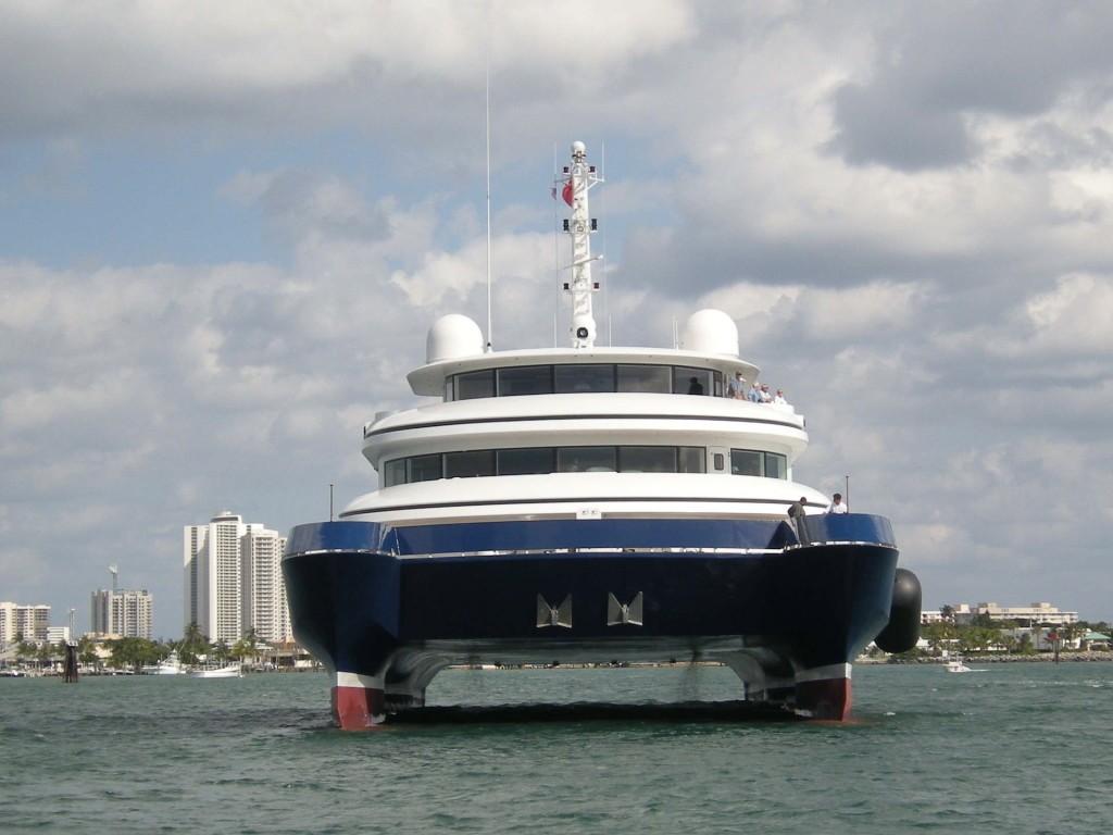 Forward Aspect Aboard Yacht SILVER CLOUD