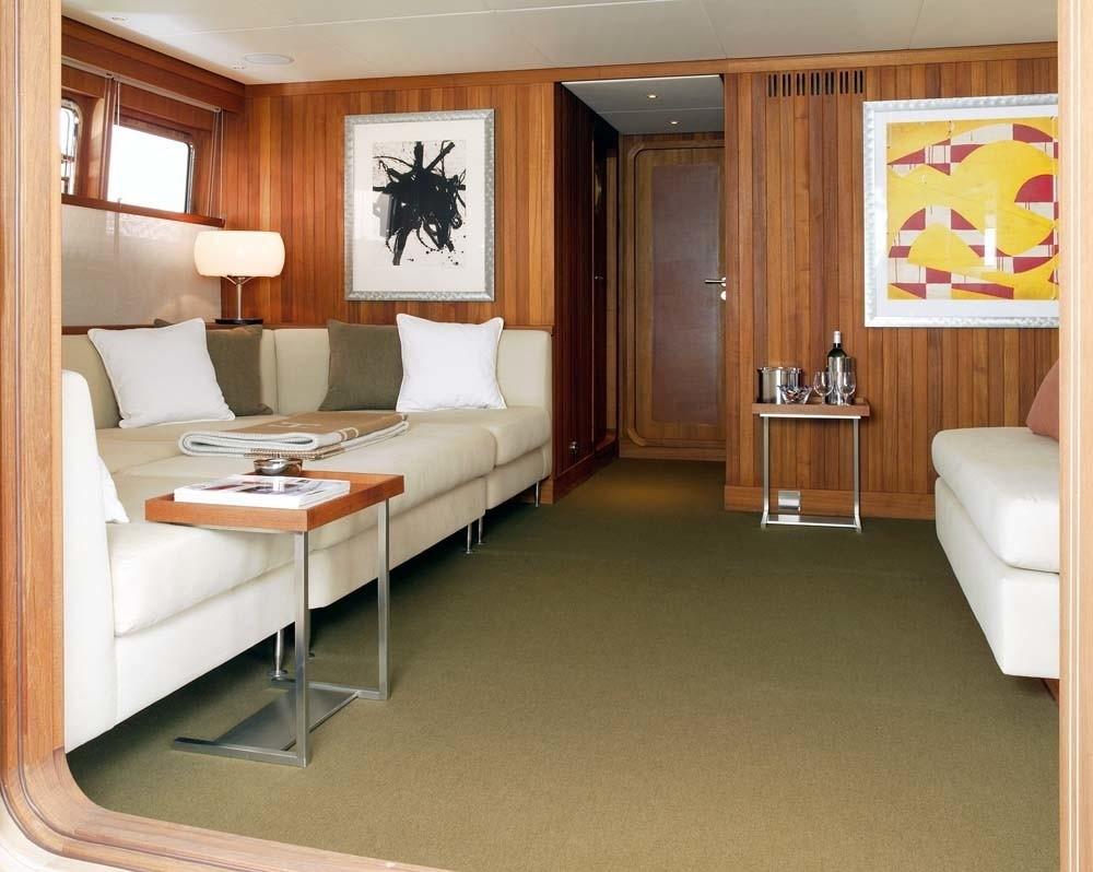 Top Saloon Aboard Yacht IL CIGNO