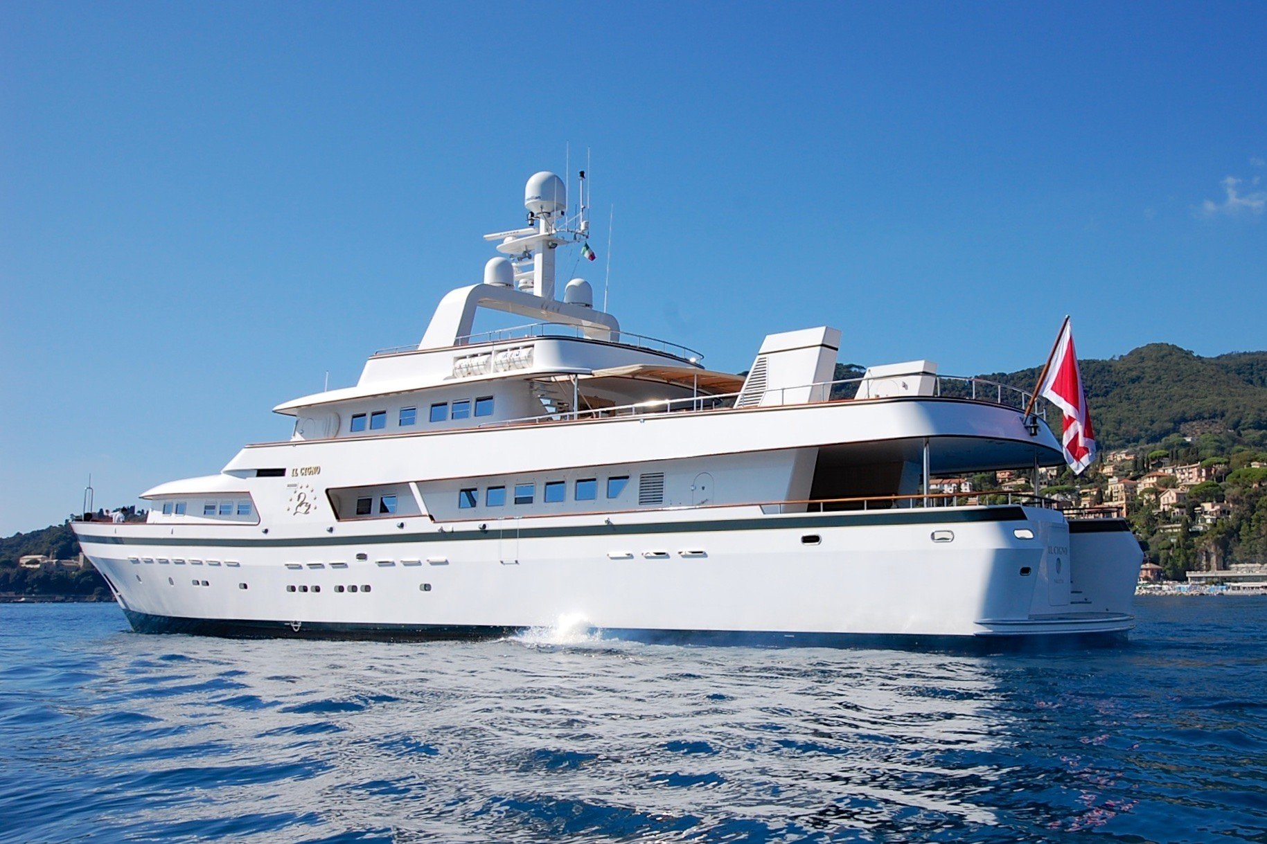 The 42m Yacht IL CIGNO