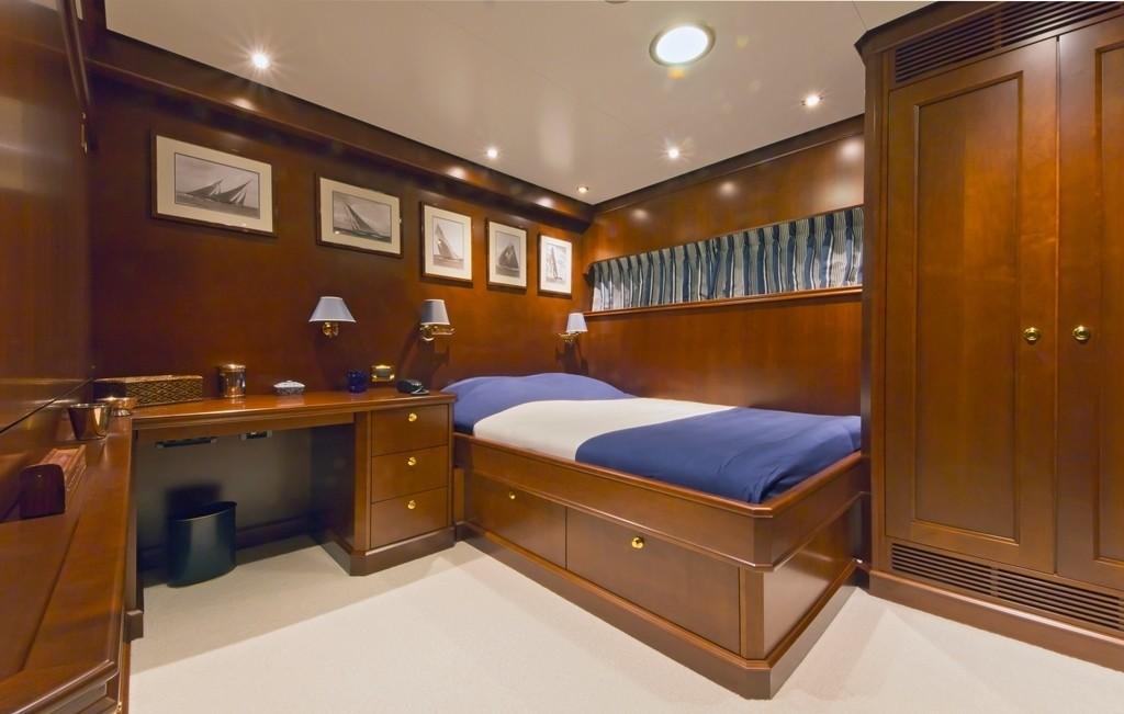 Single Sized Stateroom Pullman Bunk On Yacht AXANTHA II