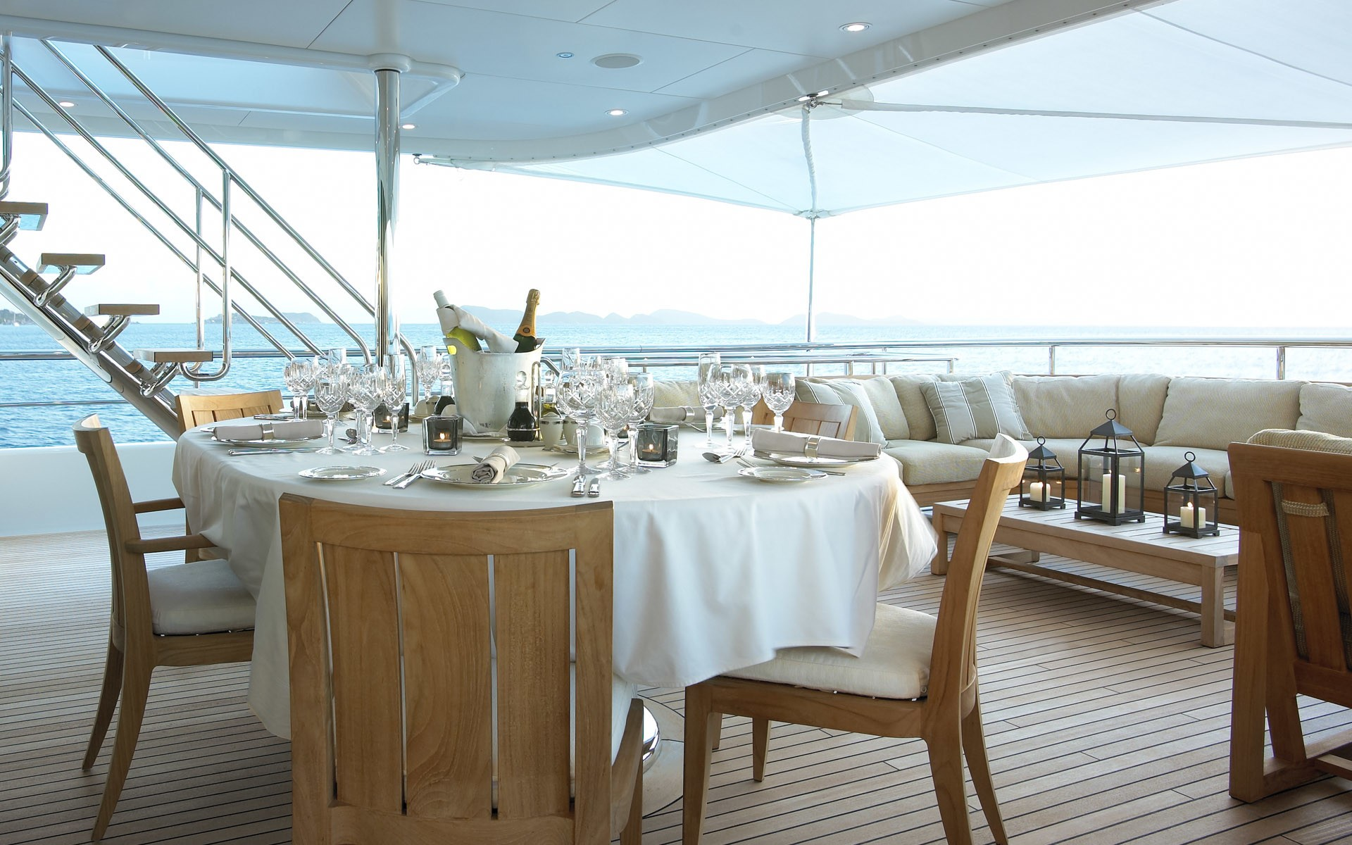 Deck Eating/dining On Board Yacht HARLE