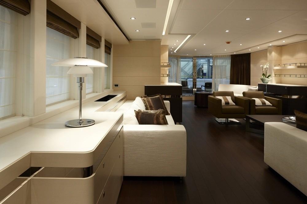 The 44m Yacht LADY L