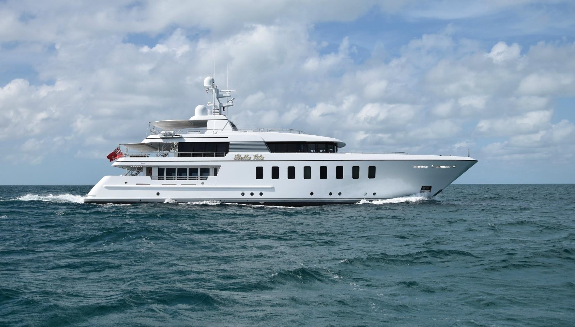 Sinot design associates image gallery luxury yacht for The bella vita