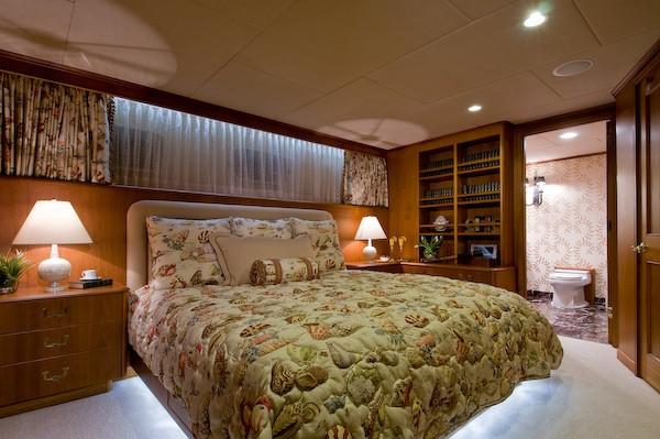 VIP Cabin Aboard Yacht SEA FALCON II