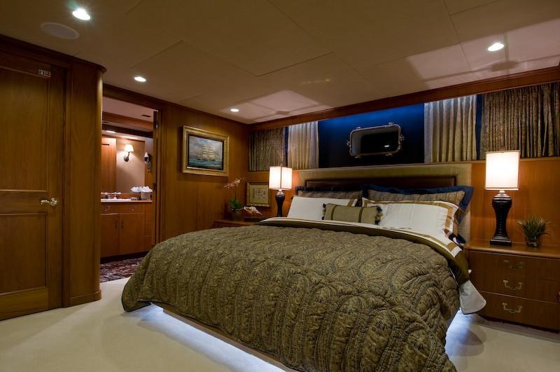 VIP Guest's Cabin On Yacht SEA FALCON II