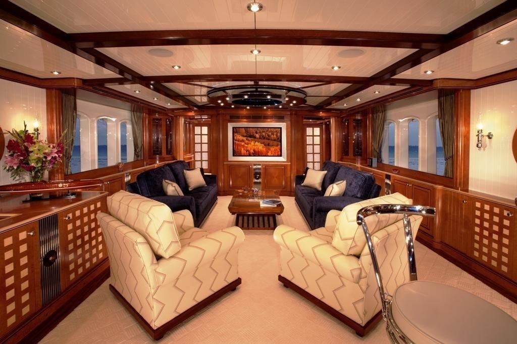 Profile: Yacht SYCARA IV's Saloon Photograph
