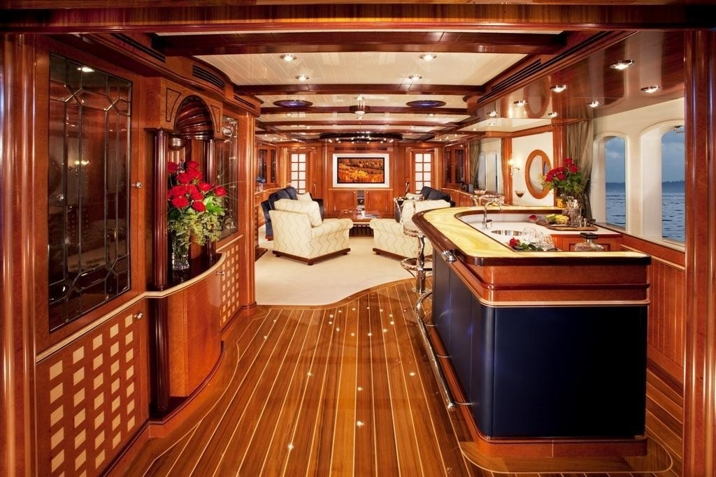 Wet Drinks Bar Aspect Fore On Yacht SYCARA IV