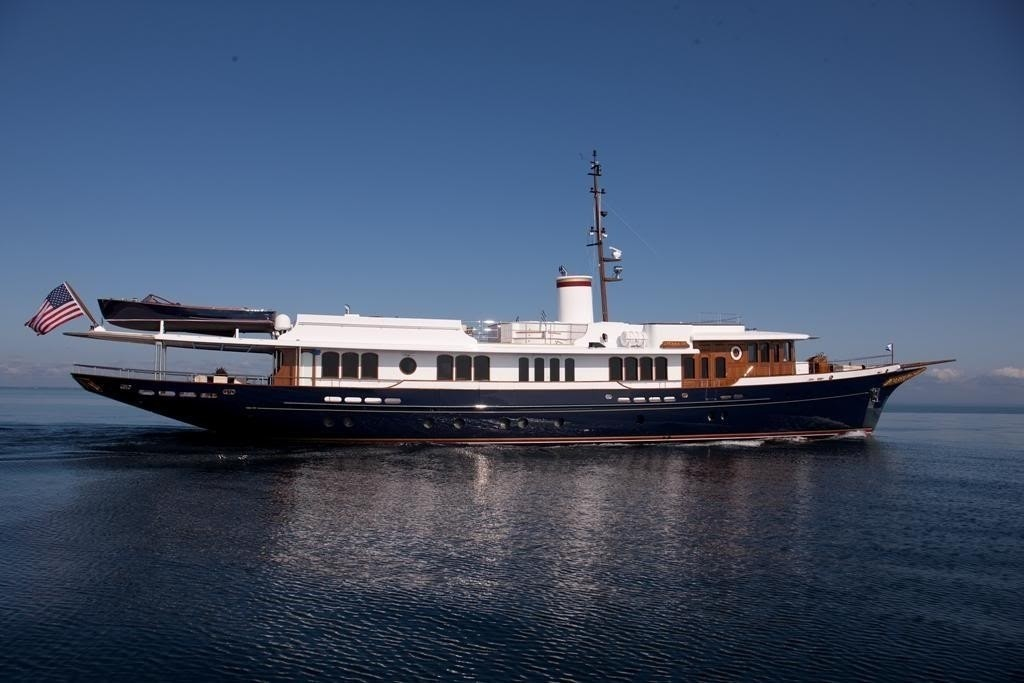 Overview On Yacht SYCARA IV