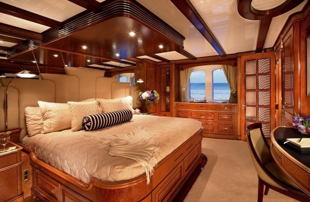 Main Master Cabin On Yacht SYCARA IV