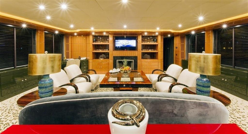360 Premier Saloon On Yacht 360°