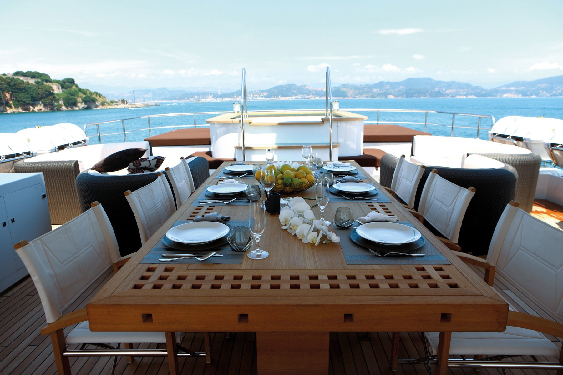 Eating/dining Top Deck Aboard Yacht ZALIV III