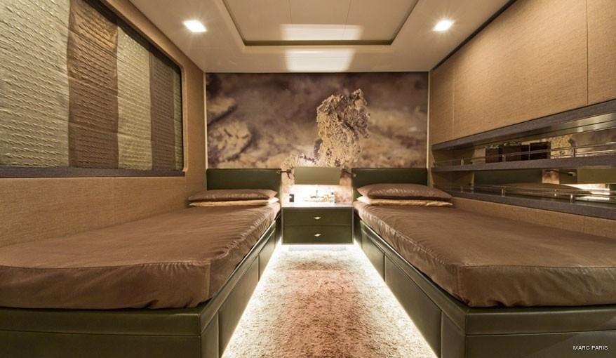 Neutralised Twin Bed Cabin On Board Yacht LIBERTY
