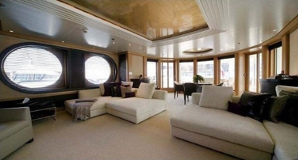 Daytime: Yacht MALIBU's Sky-lounge Pictured