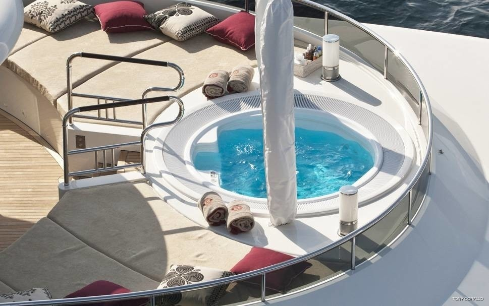 Jacuzzi Pool On Yacht QUITE ESSENTIAL