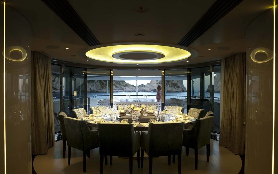 Lighting: Yacht QUITE ESSENTIAL's Eating/dining Saloon Photograph