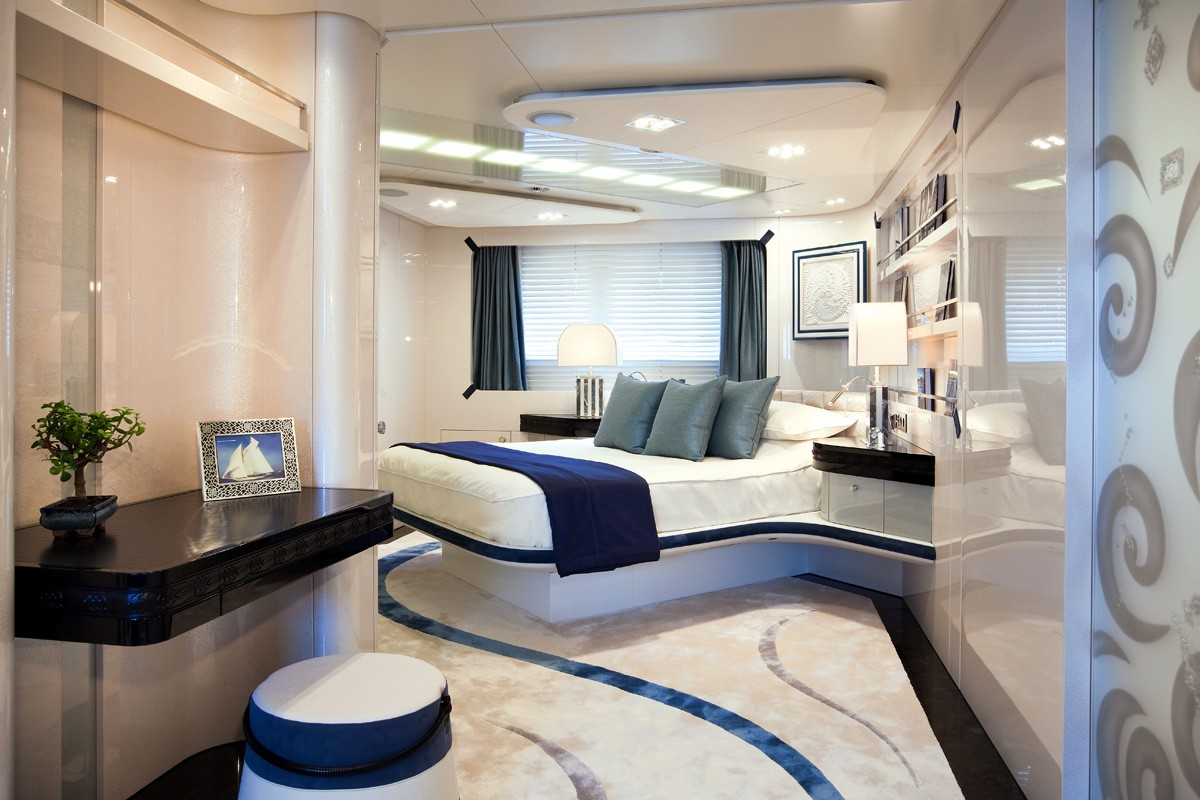 Blue Guest's Cabin On Yacht QUITE ESSENTIAL