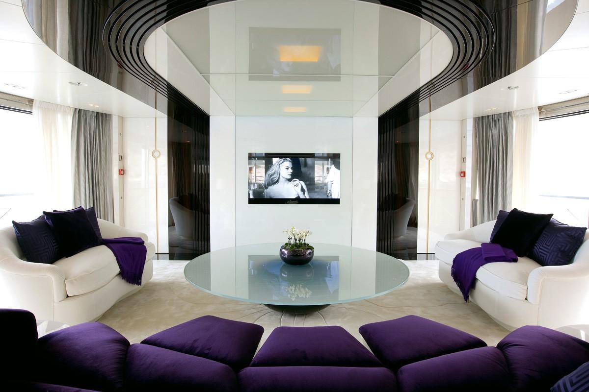 Screening: Yacht QUITE ESSENTIAL's Premier Saloon Photograph