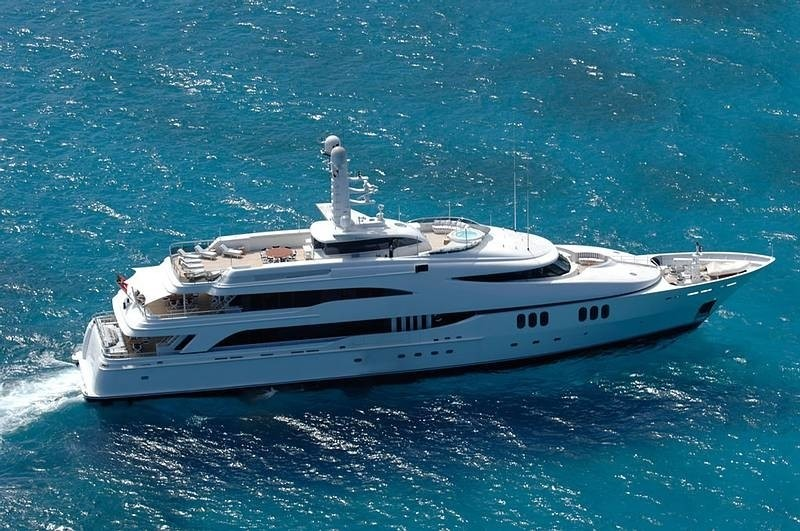 From Above Aspect: Yacht DIAMOND A's Cruising Image