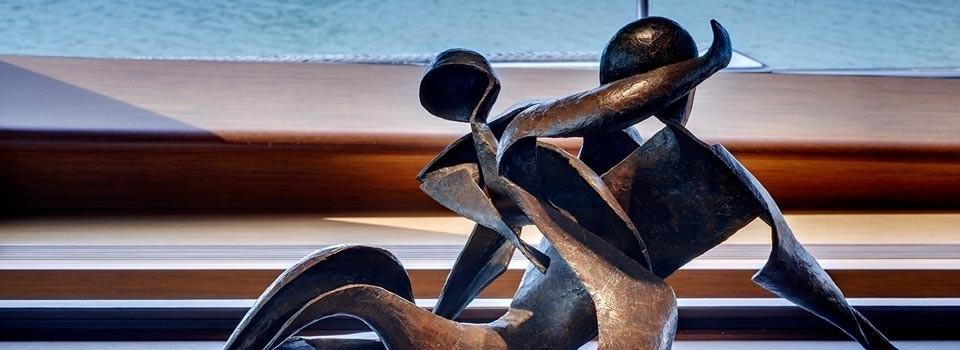 Sculpture: Yacht KOKOMO's Close Up Image