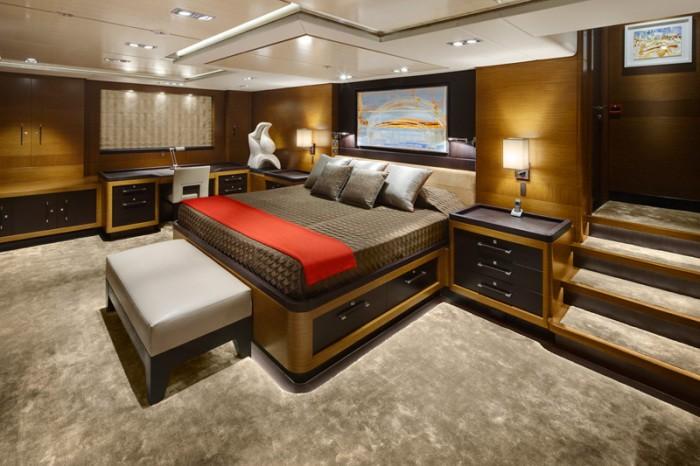 Main Master Cabin On Yacht KOKOMO