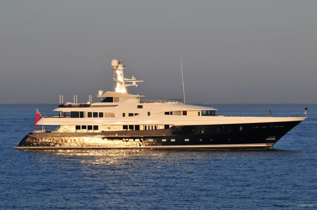 The 60m Yacht ELYSIAN