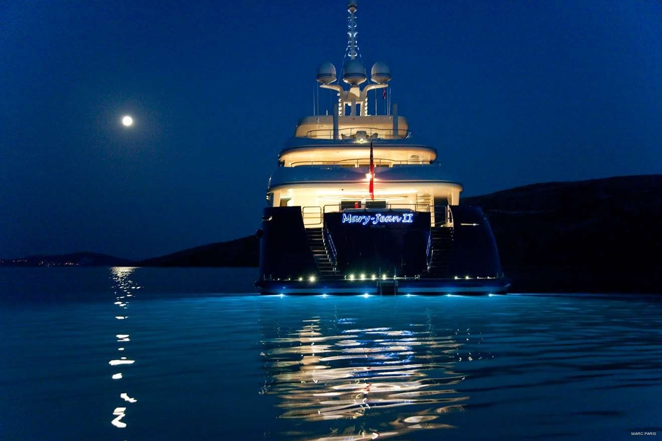 Under Water Lighting On Yacht MARY-JEAN II