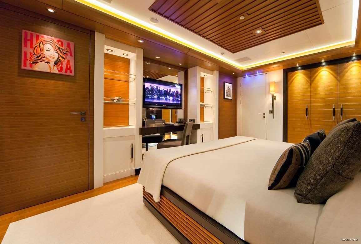 Double Sized Cabin On Board Yacht MARY-JEAN II