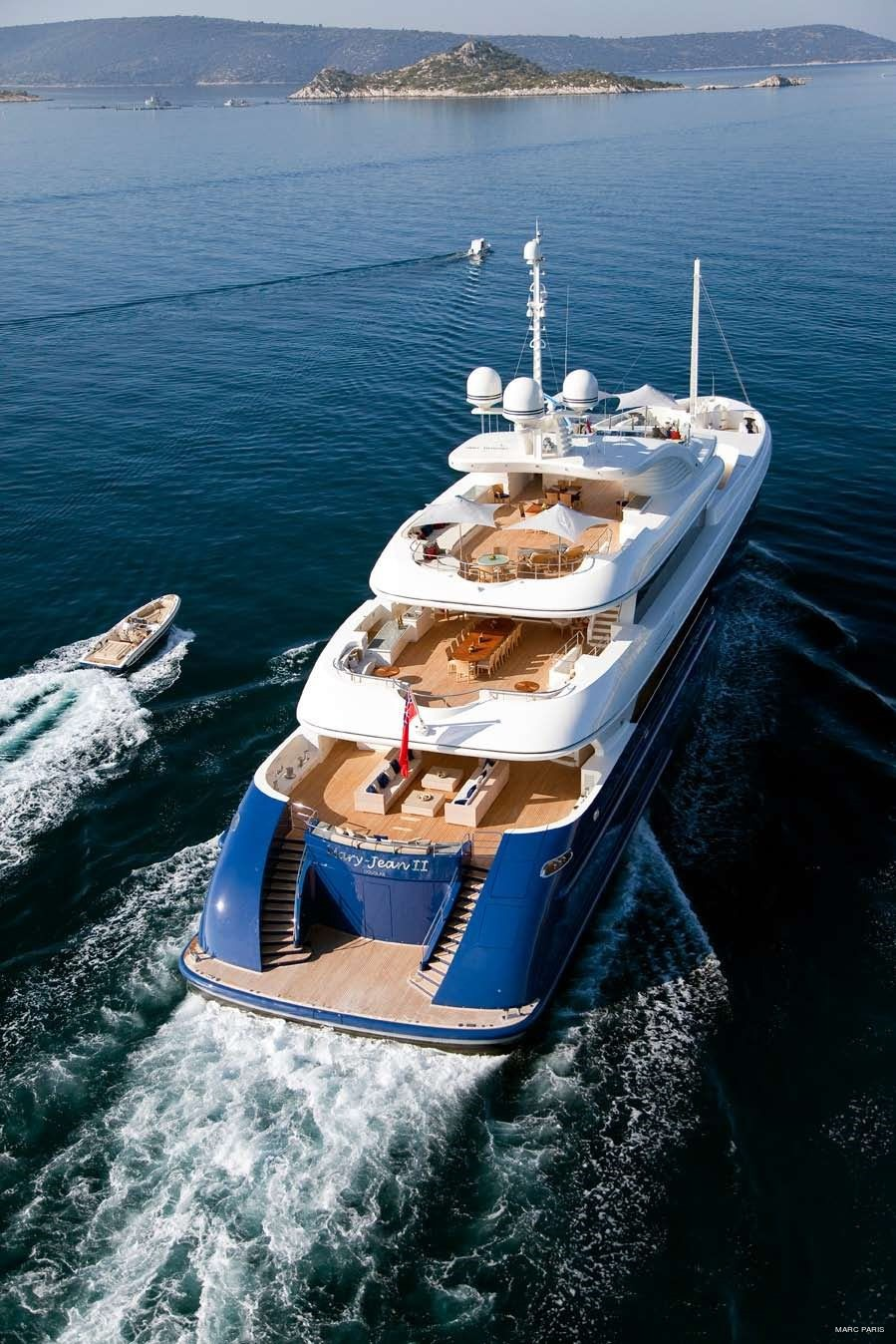 Decks: Yacht MARY-JEAN II's From Above Aspect Image