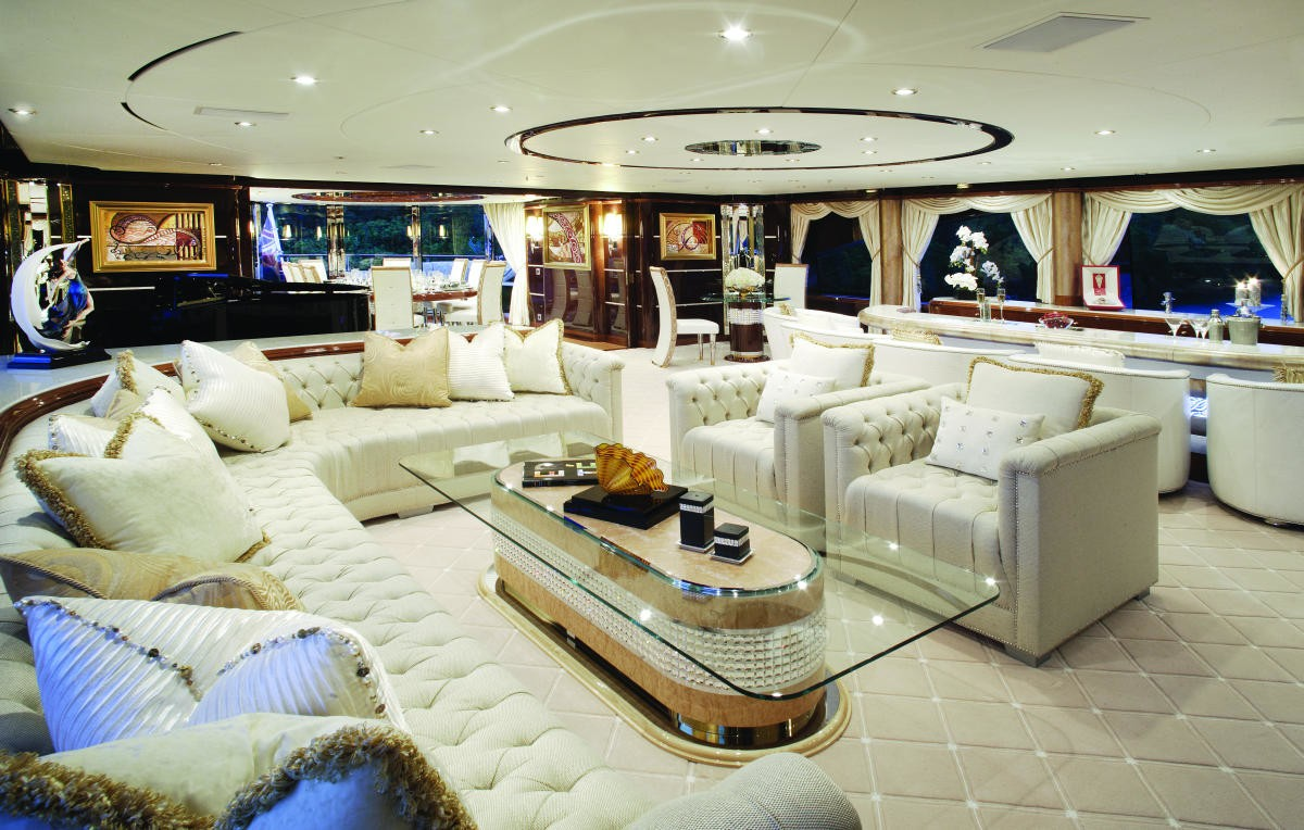 Top Saloon On Board Yacht DIAMONDS ARE FOREVER