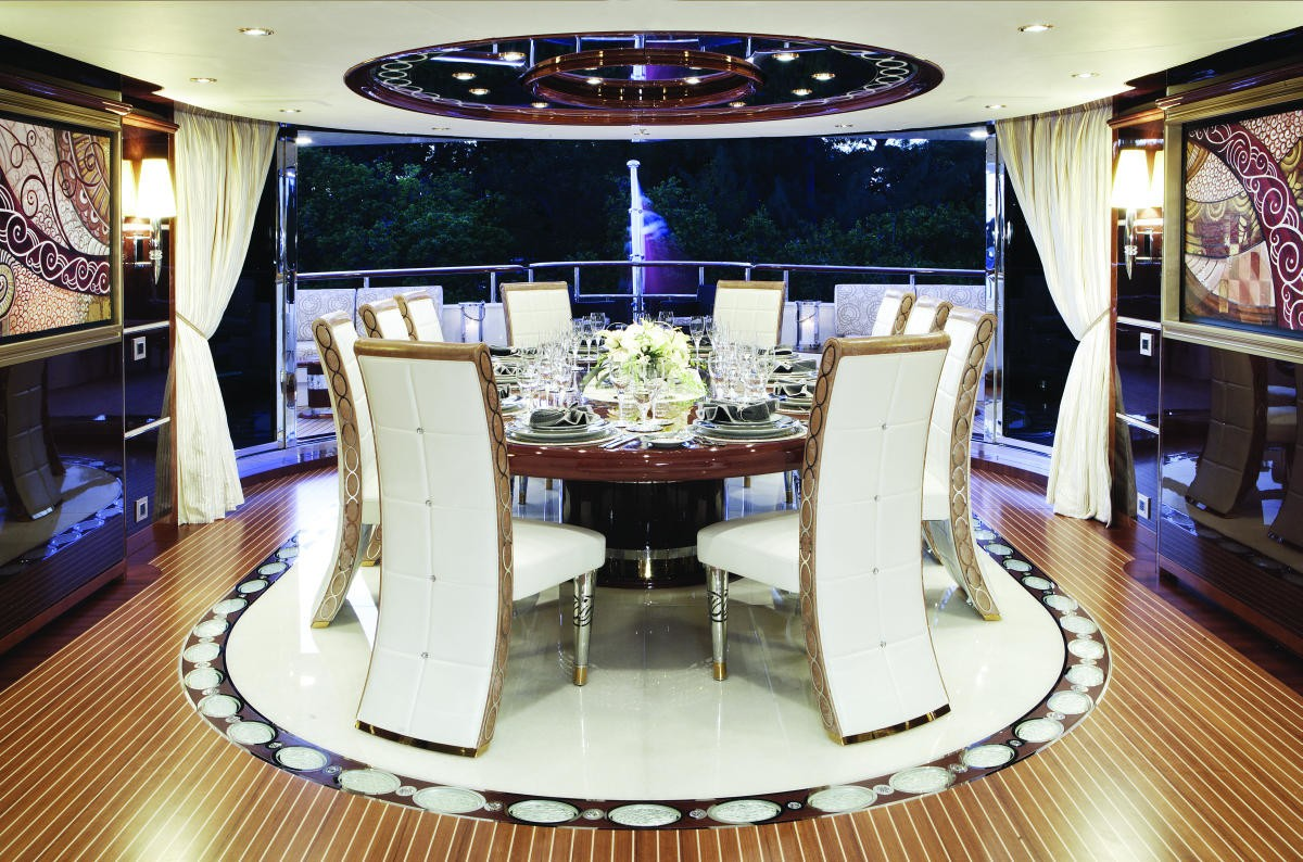 Top Saloon Eating/dining On Board Yacht DIAMONDS ARE FOREVER